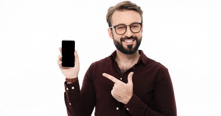 Мужчина про заработок в интернете через телефон