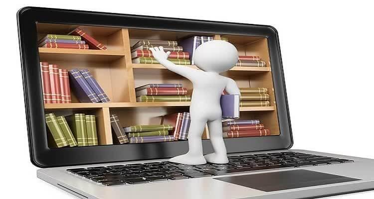 Фигурка человека берет книги с экрана