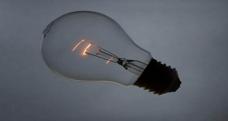 Лампа накаливания со спиралью