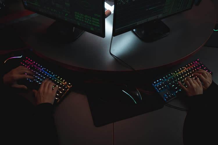 Светящиеся клавиатуры в темноте